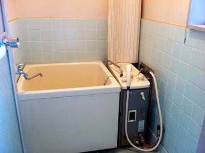 浴室シャワー付